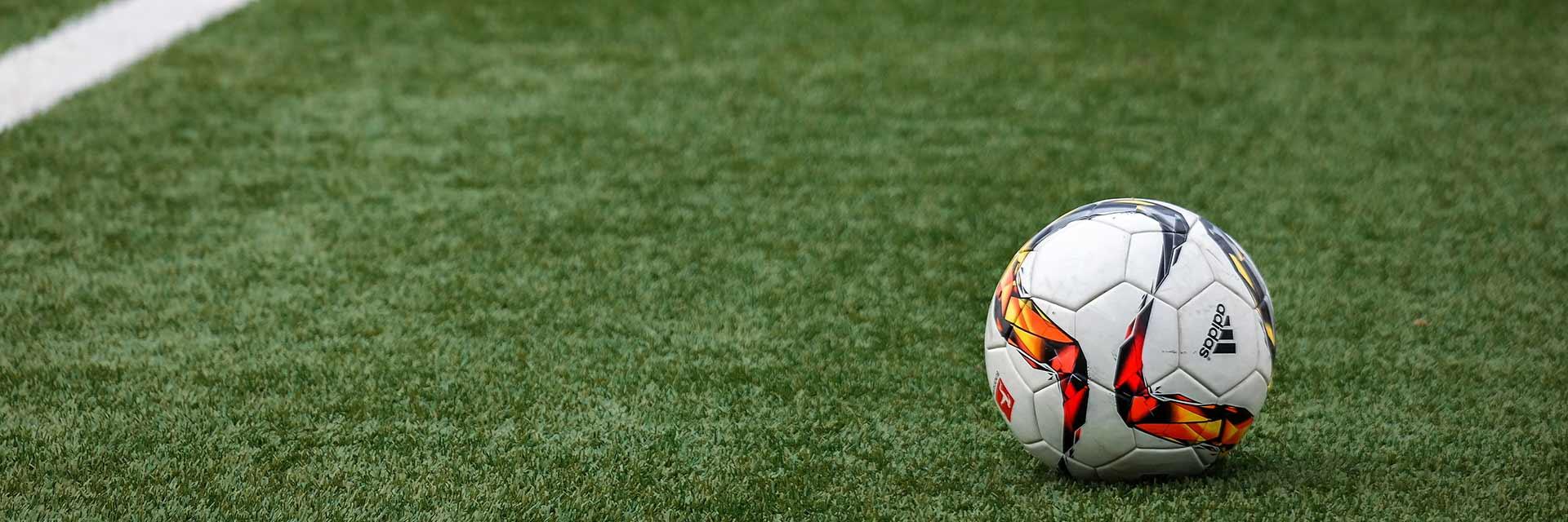 Vermarktung von Fußball-Clubs: divergierende Interessen